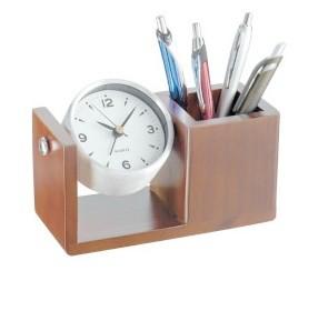 Tischuhr mit Stifteköcher als Werbeartikel, geringe Mengen mit Druck
